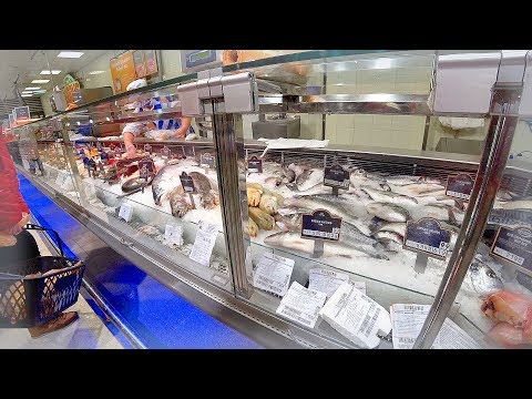 RUSSIA 2018: Shrimp & fish shopping in Russian provincial supermarket