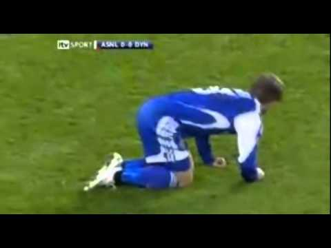 Worst soccer fake injury EVER