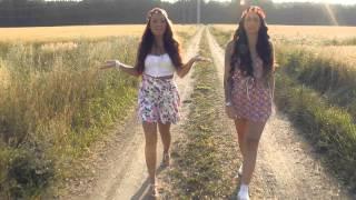 Repeat youtube video 16 svenska hits på 6 minuter - Intim (cover musikvideo)