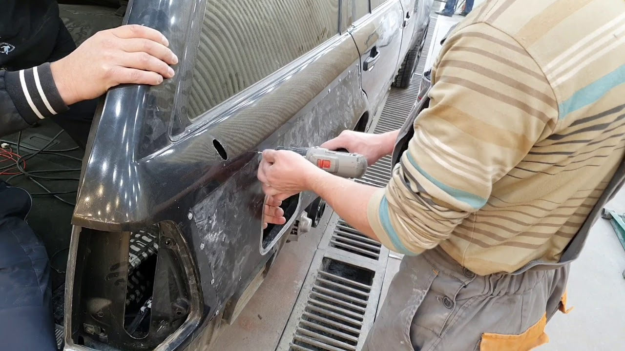 MERCEDES BENZ W124 E500 в кузове Универсал