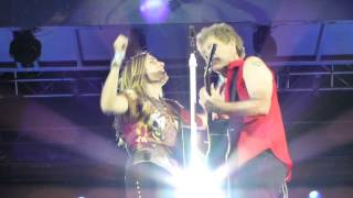 Bon Jovi Who Says You Can 39 t Go Home - singing with a Fan on stage - Kopenhagen Copenhagen.mp3