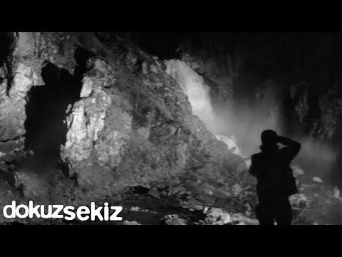 Cihan Mürtezaoğlu - Yaka Paça (Lyric Video)