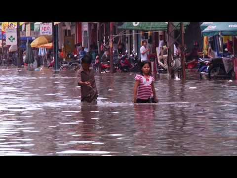 Phnom Penh: A Waltz Through High Water