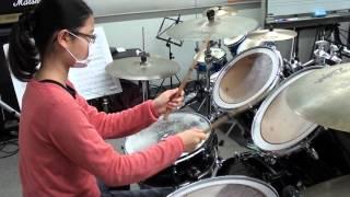 ハネのグルーヴ感と、ハイハット(オープン)の綺麗な音を出す練習をし...