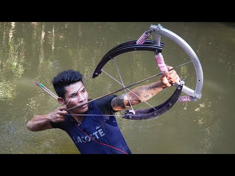 How To Make Powerful Double Bowfishing From Giant Bike Wheel | Wheel Bowfishing VS Huge Fish