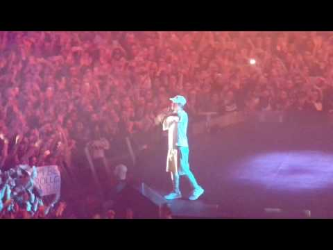 Justin Bieber - Company, No sense @ Wiener Stadthalle - 8 November 2016