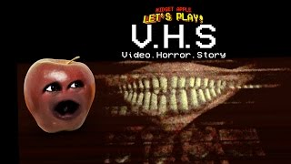 Gambar cover Midget Apple Plays - V.H.S (Video Horror Story): CREEPY TEETH!