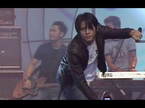 Peterpan 'Ada Apa Dengan Mu' - AMI 2004