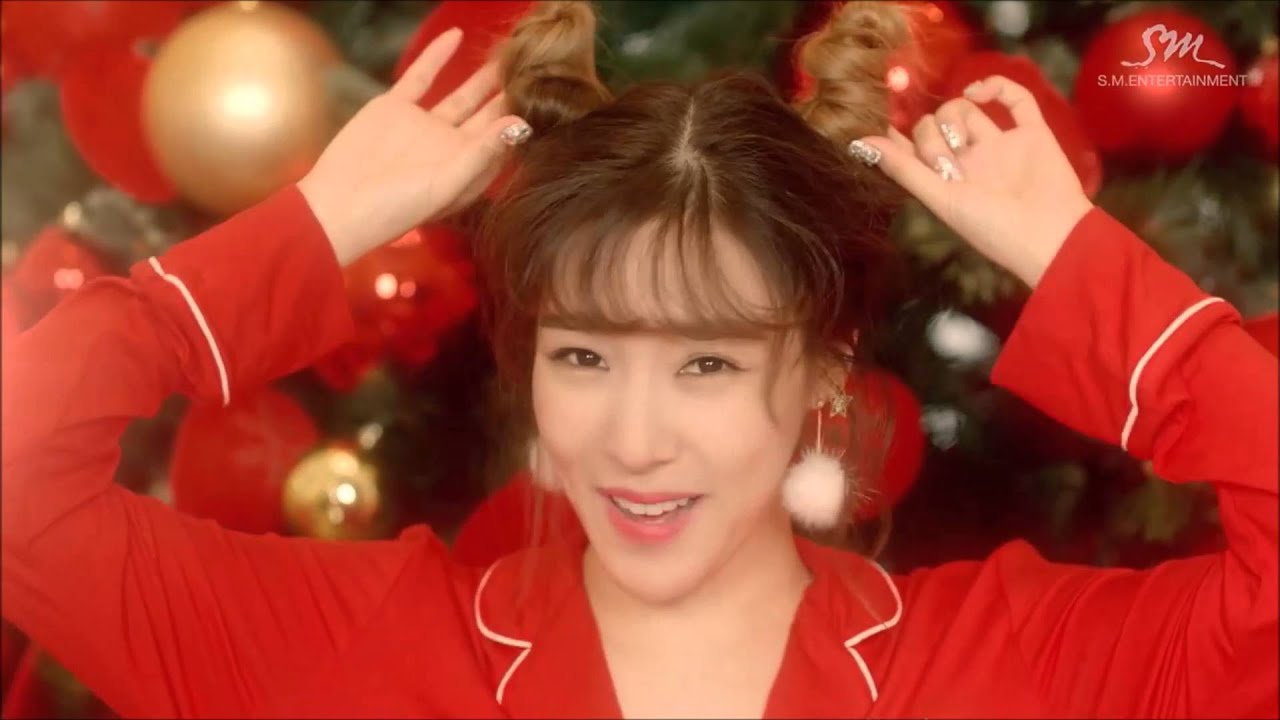 My Top 10 K-pop Christmas Songs - YouTube