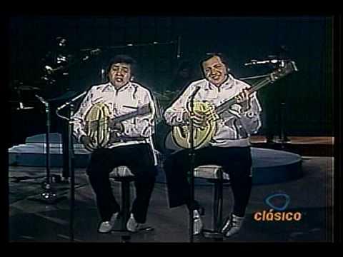 Los Polivoces-Eduardo Manzano Enrique Cuenca-Los H...