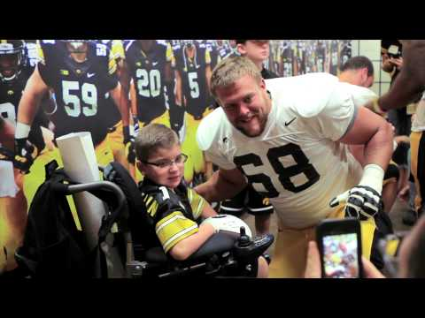 Kids Day at Kinnick 2014 on YouTube