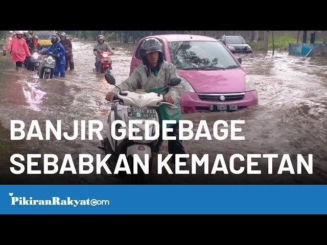 Banjir di Kawasan Gedebage Sebabkan Kemacetan