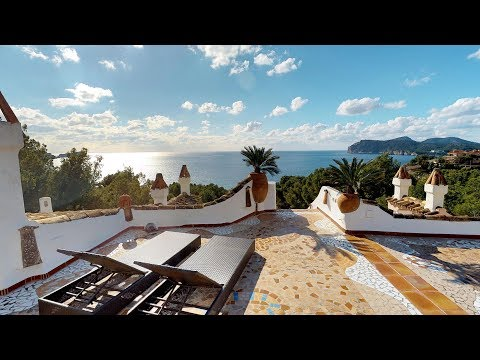 Rare, One of a kind - Penthouse with Panoramic Sea Views - A Rooftop Villa....