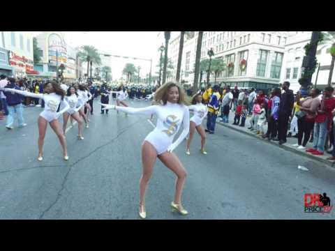 Southern University Dancing Doll Highlights @ Bayou Classic Parade (2016)