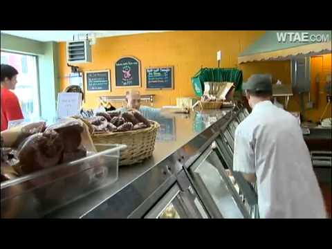 Parma still bringing sausage lovers to Strip District
