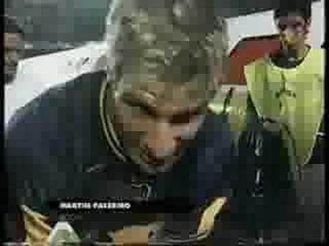 Gol de Martin Palermo de media cancha