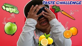 CAN JR GUESS THE FRUITS OR VEGETABLES BLINDFOLDED?!?!