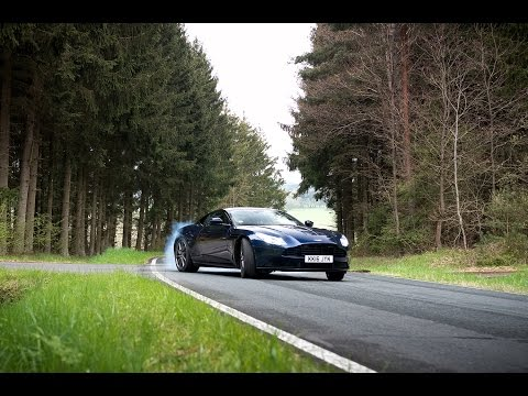 Aston Martin DB11 [REVIEW] [SUBTITLED]