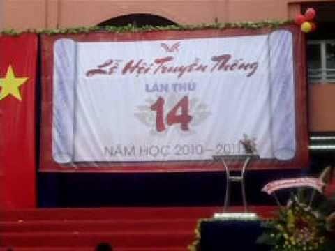 thpt TVK Thoi trang giay 11a10-Le Hoi Truyen Thong 6/12/10