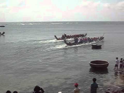 đua thuyền ở Bình Vĩnh đảo Lý Sơn 1