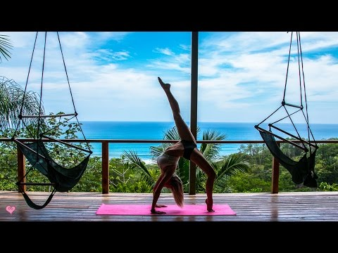 Peaceful Yoga Workout ♥ Core & Balance | Jane of the Jungle Flow