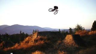 Крутые трюки на горном велосипеде(, 2013-05-21T03:57:18.000Z)