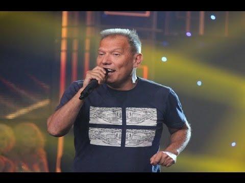 Raúl Romero presenta su hit salsero 'Solito'