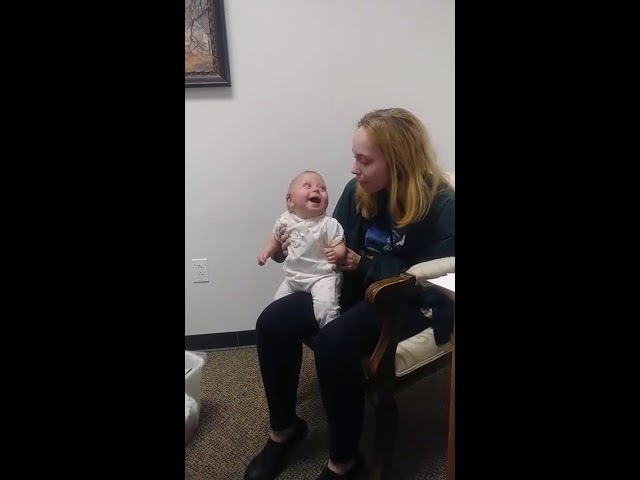 Baby Girl Can't Hide Her Happiness at Hearing Her Sister's Voice for the First Time