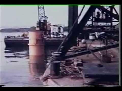 Construction du Pont-tunnel Louis-Hippolyte-La Fontaine