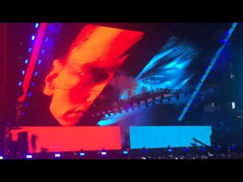 EMINEM FT RIHANNA - NEW YORK - MONSTER  TOUR