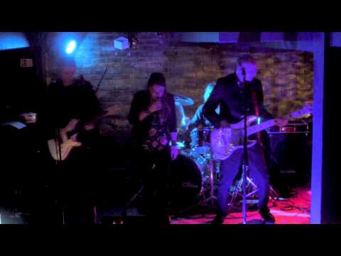 Brickhouse Trixx - Oh What A Night (Guano Apes Cover)