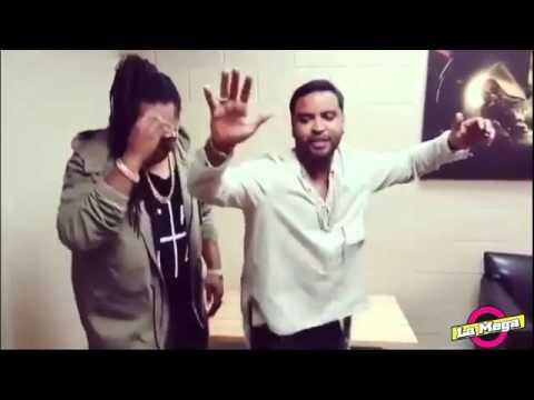 Zion y Lennox bailando el Shaky de Daddy Yankee (La Mega Barranquilla)
