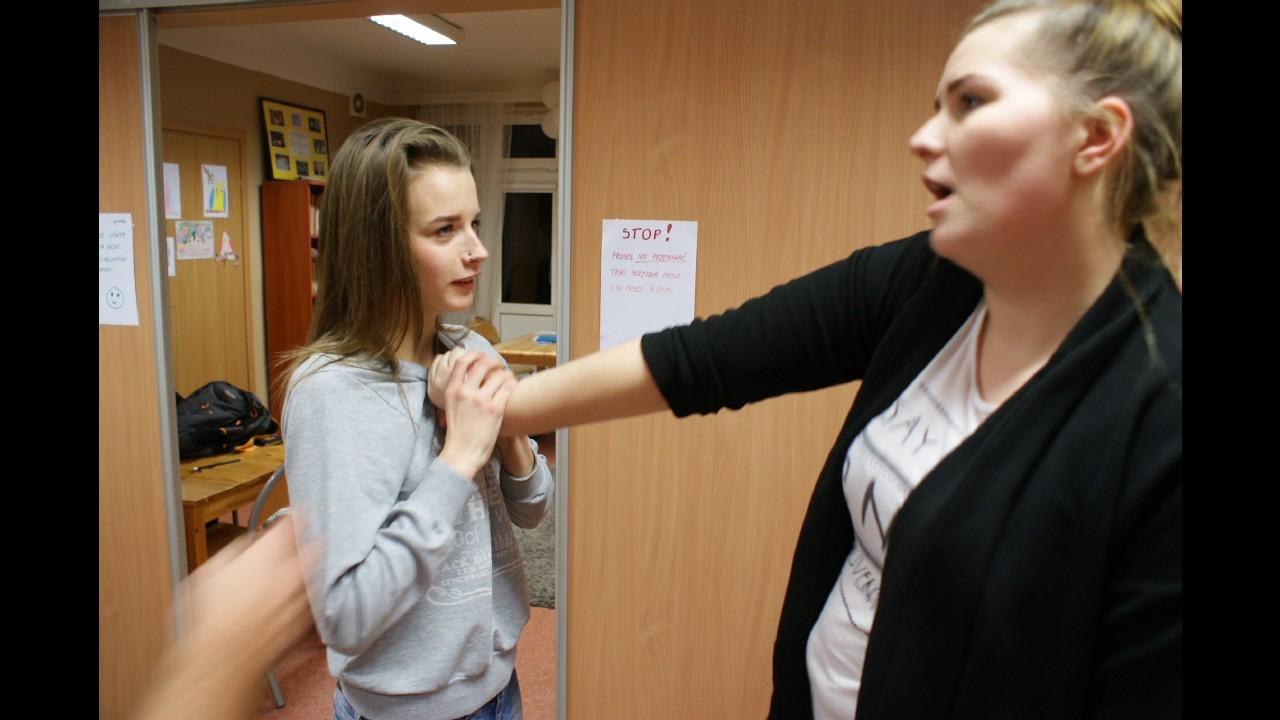 Download Akademia Samodzielności w Placówkach Wsparcia Dziennego - Dzielnica Praga Płd.