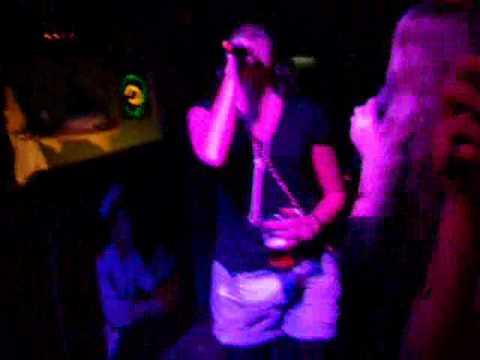 JustFriendIt.com Karaoke