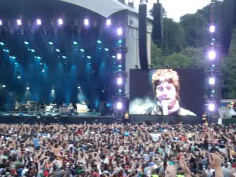 Slane 2009 - Oasis - (Ole Ole) Half The World Away