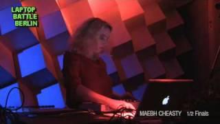 Laptop Battle Berlin -- Maebh Cheasty -- Half finals