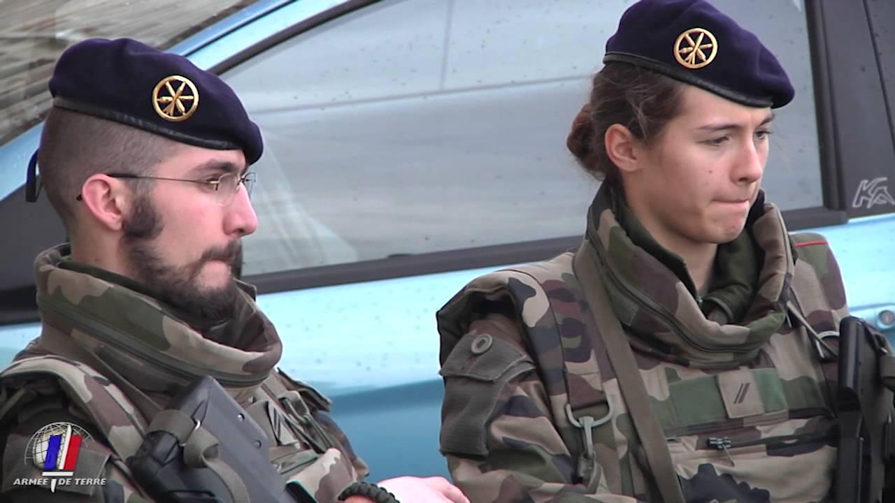 Sentinelle 24h avec les r servistes du 61e ra youtube - Grille indiciaire sous officier armee de terre ...