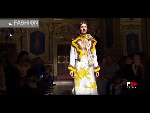BLUMARINE - The Best of 2017 - Fashion Channel