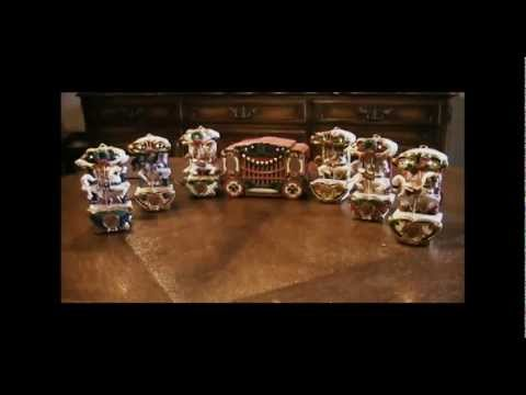 Mr. Christmas Holiday Musical Carousel Plays 21 Christmas Carols Indoor Decoration