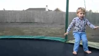 kid4play Tram  Jumping