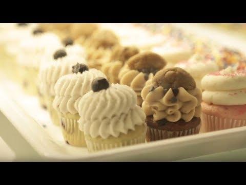 gigi's-cupcakes---wedding-cake-cupcake