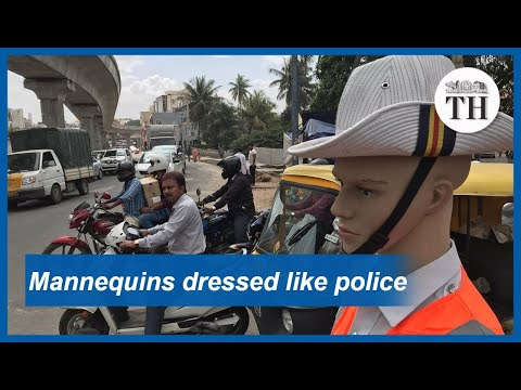 mannequins-dressed-as-traffic-police-in-bengaluru