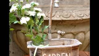 Веселый и оригинальн умывальник для дачи(Умывальник для дачи - это в первую очередь необходимый предмет на даче. А так, как наш канал называется Дачны..., 2014-09-05T10:18:40.000Z)