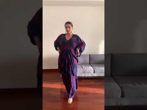 Download Vidya Balan Hot Dance 🔥| #ytshorts #Shorts #vidyabalan #viralvideo
