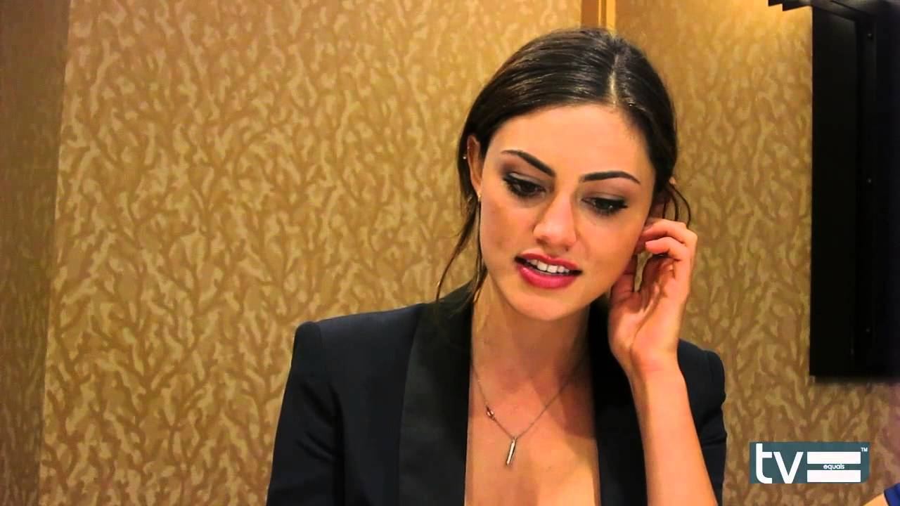 The Originals (CW): Phoebe Tonkin Interview - YouTube