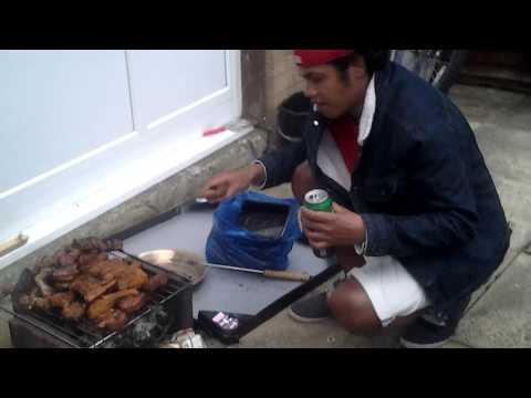 Timor oan halo BBQ iha Milton Keynes/ England/UK