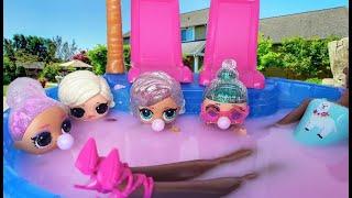 ПОЧЕМУ ВОДА РОЗОВАЯ? Барби Сюрприз и куклы ЛОЛ меняют цвет в бассейне. Мультики с куклами ЛОЛ