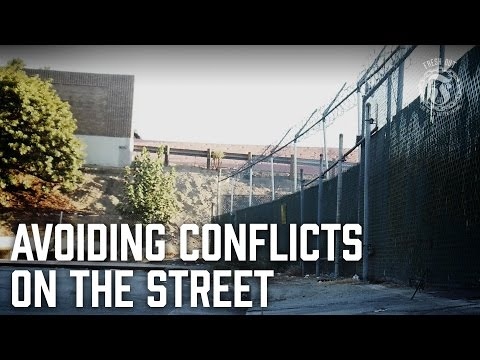 Download Youtube: Avoiding conflicts on the Street - Wig splitting gets you locked up! - Prison Talk 9.22