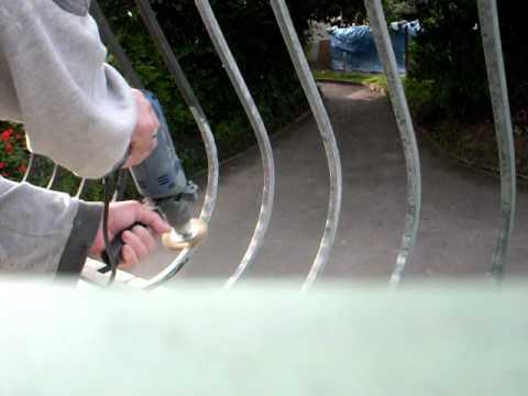 D capage par a rogommage grille fer forg h2odecap doovi - Peindre une grille en fer ...