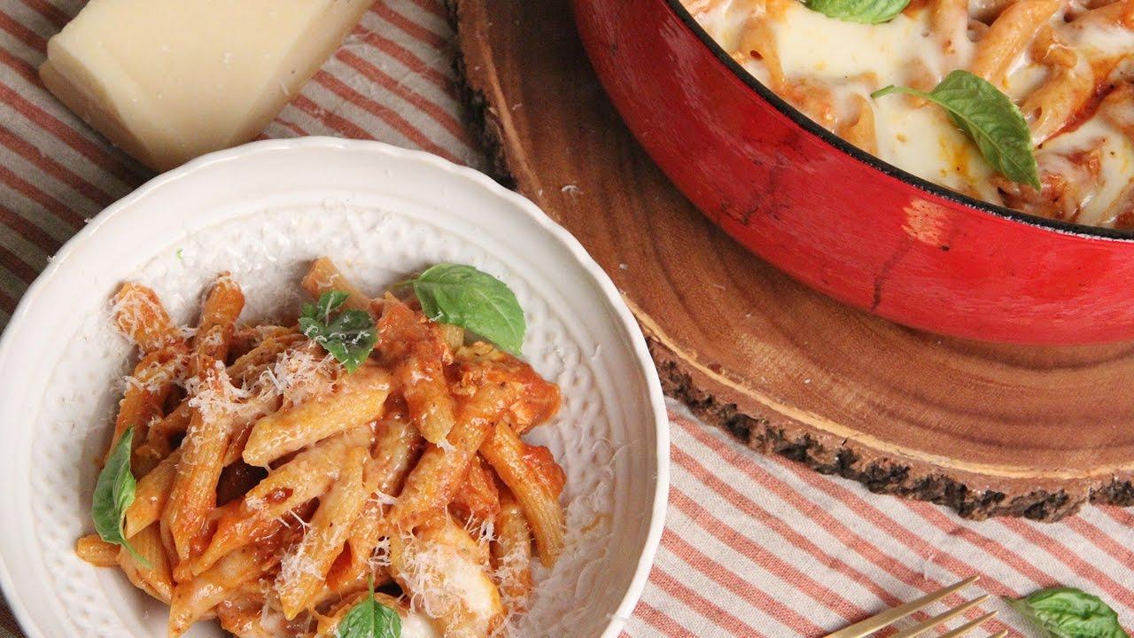 One Pot Chicken Parm Pasta Episode 1135 Doovi
